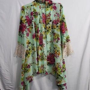 Mint floral drape kimono crochet cuffs